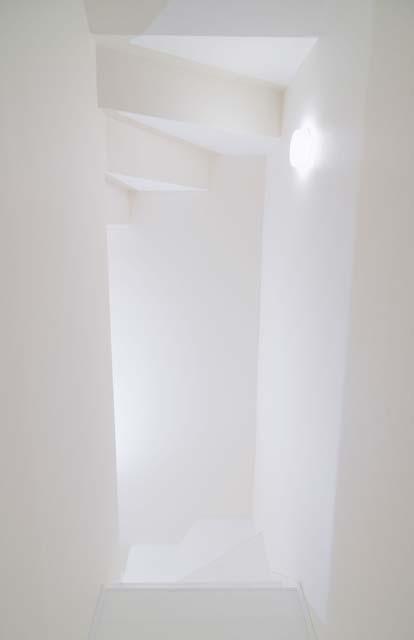 階段(白ホリゾンタル)